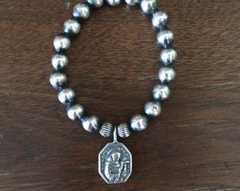 St. Francis Sterling Silver Navajo Pearl Stretch bracelet