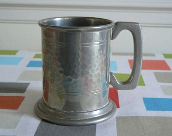 Beautiful English Pewter Half Pint Tankard with Glass Bottom - Made in Sheffield.