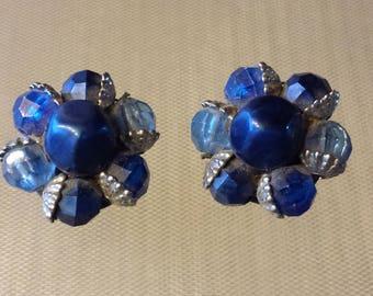 Vintage 50's Beaded Cluster Clip on Earrings Blue Round Earrings