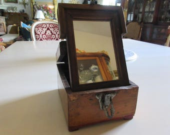 ANTIQUE SHAVING MIRROR Box