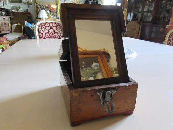 ANTIQUE SHAVING MIRROR Box