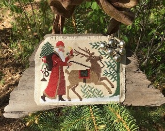 Counted Cross Stitch Old World Santa on Driftwood