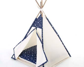 Pet teepee // Navy stars