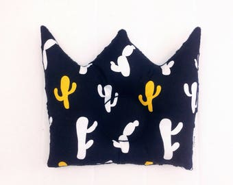 Dimple Crown Pillow