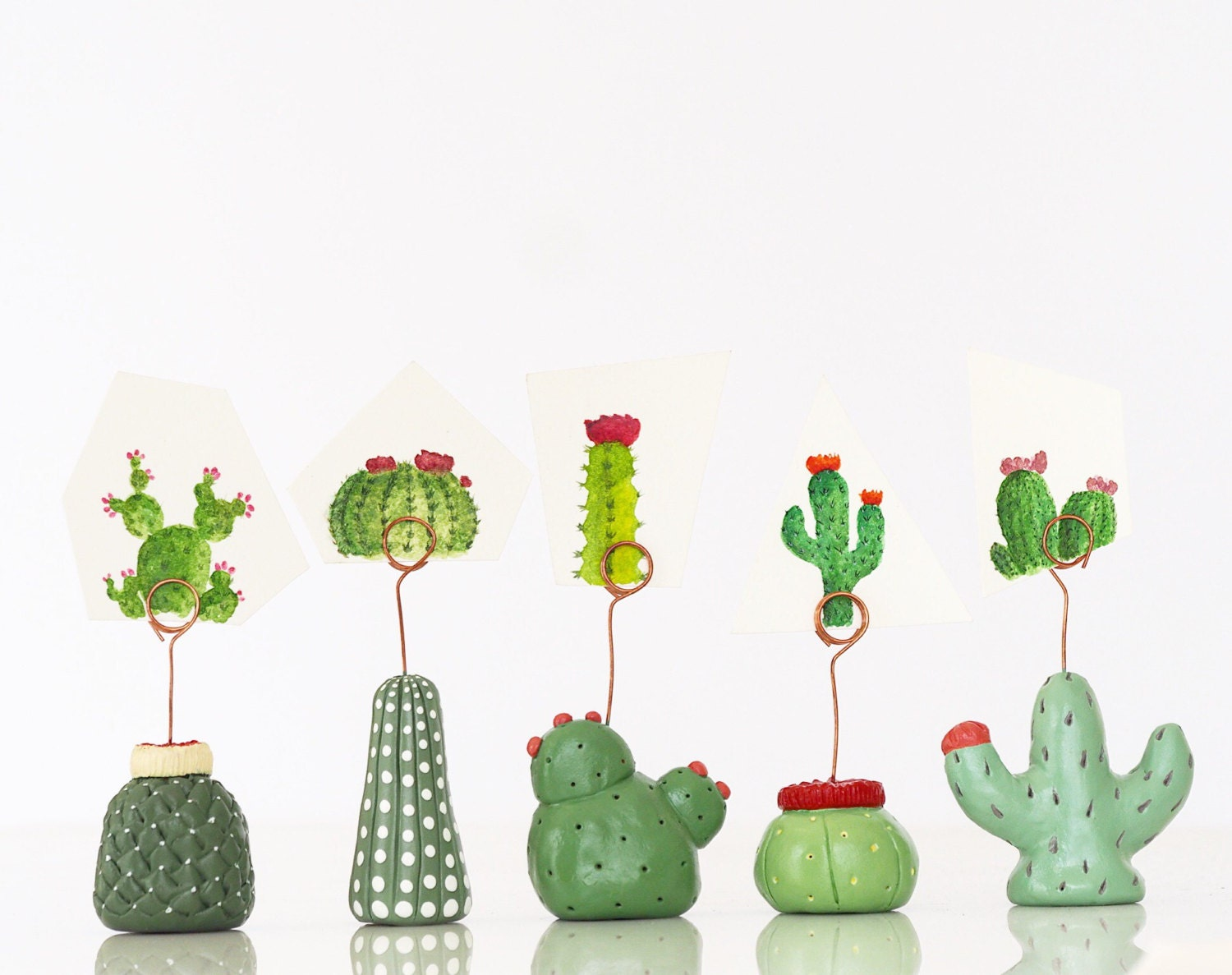 cactus table number holders set 5 cactus wedding table decor. Black Bedroom Furniture Sets. Home Design Ideas