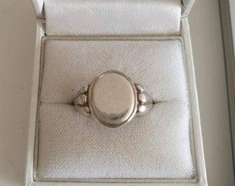 Silver Signet Ring - 835 Silver signet ring - Vintage/Antique