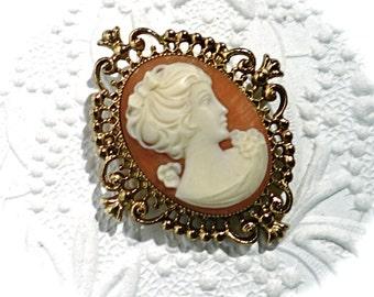 Vintage Cameo Brooch Victorian Brooch Vintage Pin VA-165