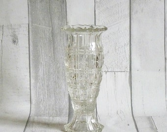 Pretty Vintage English Glass Flower Vase