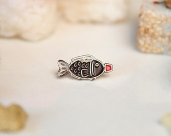 Sushi Pin - Soy sauce fish enamel pin badge - Japanese shoyu lapel pin - Kawaii enamel pin - Gift for her - Cute accessory - Food enamel pin