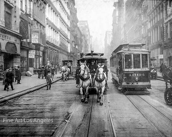 "Photo ""The Last of the Horse Drawn Carriages"" New York City, 1917"