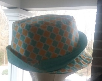 Custom made/ hand made Springy lattice fabric bucket hat w/ matching bag set
