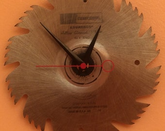 Circular Saw Blade Clock - Conclocktion