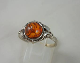 Vintage Baltic Amber Sterling Silver Ring