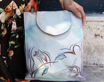 Vintage white hand painted beautiful leather bag,purse.