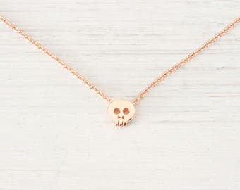 Tiny Rose Gold Skull Necklace, Small Dainty Minimalist Mini Skull Necklace Pendant Jewelry Simple Delicate Necklace