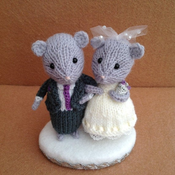 knitted mice wedding cake toppers and groom mouse wedding mice wedding cake topper 16653