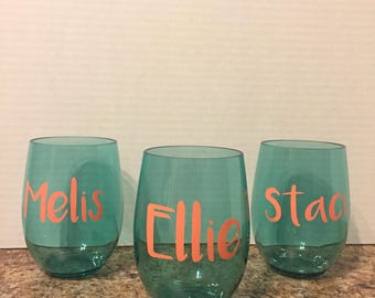 Personalized plastic wine glasses, stemless wine glasses, plastic wine glasses, shatterproof wine glasses, wine glass, Name wine glass,