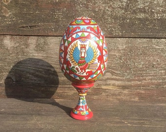 A great Easter egg.Hand Painted Easter egg, wooden egg decorated russian ornaments. Easter gift.Russian folk art.