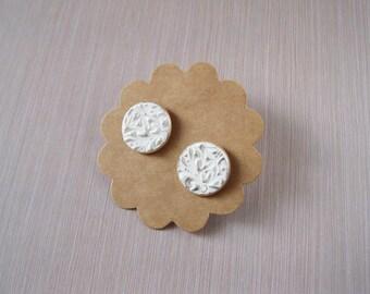 Wedding stud earrings wedding earrings bridal earrings bridal stud earrings Small earrings White stud earrings silver stud earrings for girl