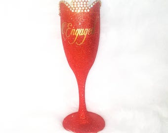 Glitter Engaged Champagne Glass, Bride To Be Gift Ideas,  Unique Engagement Gifts, Engagement Toasting Flutes, She Said Yes