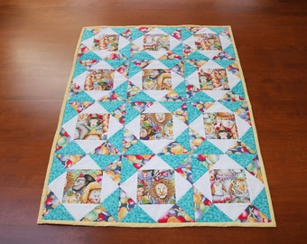 Circus Animal baby quilt - size 24 x 32