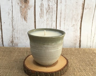Stone Stoneware Teacup Soy Candle - Zen-Berry