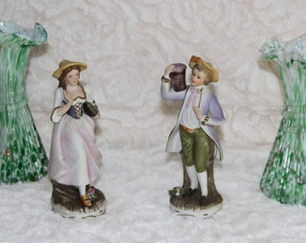 figurines in porcelain character of time