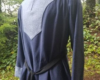 Men's Medieval / Viking Tunic - Medium