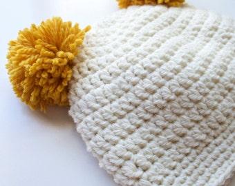 Pom Pom crochet beanie