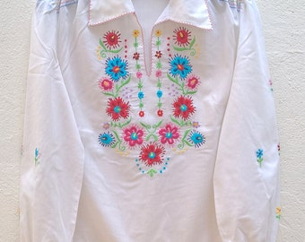 Vintage boho embroidered blouse Size 38 FR