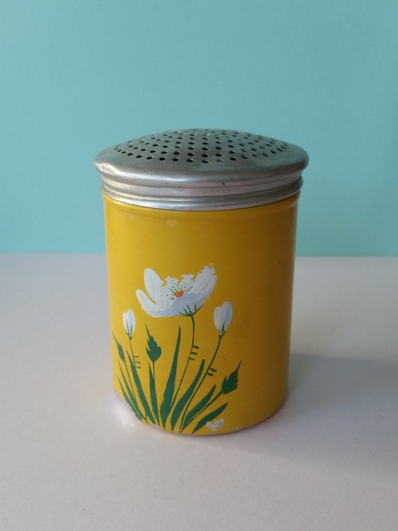 Bright Yellow Spice Shaker | Vintage Tin Salt / Pepper Shaker | Kitschy Hand Painted Daisies | Country Farmhouse Kitchen