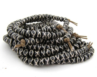 36 Batik Cross Hatched X Bone Beads - 8x5mm Ox bone - 2mm hole