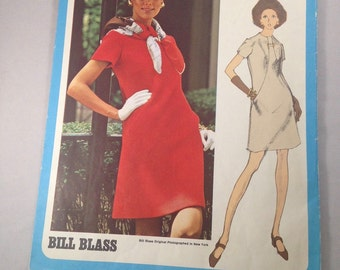Vintage 1960s Cut Vogue 2258 Americana Bill Blass Dress Pattern Size 10