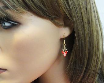 Boucles d'oreilles triangle, boucles d'oreilles géométriques Triangle deux avec Pierre rouge, boucles d'oreilles Boucles d'oreilles, boucles d'oreilles Triangle doré, EMAN43