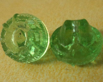 6 Glass buttons Light green 11mm (4428) Small buttons