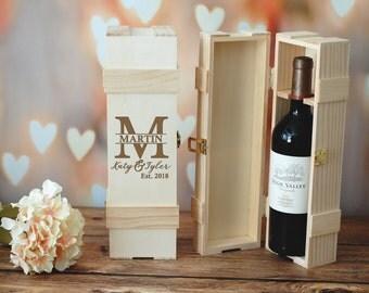 Personalized Wine Box, Custom Engraved Wine Box, Personalized Wedding Gift, Engraved Gift, Bridesmaid Gift Box, Bridesmaid Proposal Gift Box