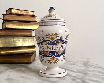 Antique French Apothecary Jar, a Gorgeous and Rare Pharmaceutical Chemist Pot, 19th Century