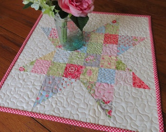 Quilted Table Topper - Vintage Star