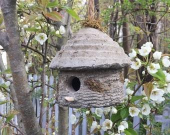 Hypertufa Birdhouse