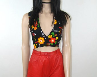 Crop top with flower print, vintage hippie style boho decolte top size S M vintage pattern, made in 1970's