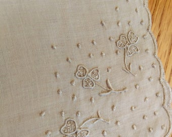 trifolium / embroidered linen handkerchief with clover detail