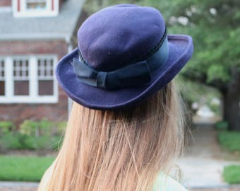 Navy Blue Wool Importina Hat with Large Bow, Madeline or a French Schoolgirl