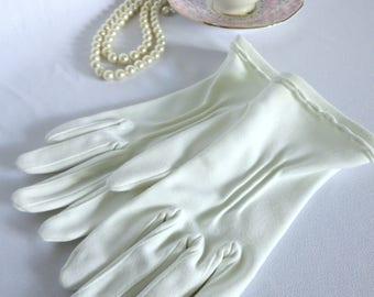 Vintage Gloves, White Gloves, Gloves, Elegant Gloves, Tea Party, Pin up, Costume, Mickey Mouse, 50s, Fashion, Disney Bound, Victorian