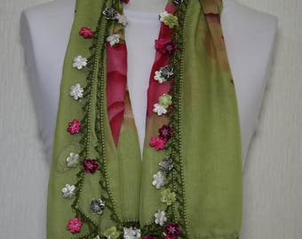 Croched Flower Pattern Scarf, Green, Hand Made in Turkey