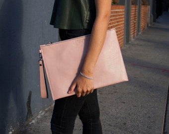 NEW! Handmade Dust Pink Oversize Leather Pouch / Pink Leather Portfolio Pink Leather Clutch Leather Pochette Pink Bag Zipper Clutch Envelope