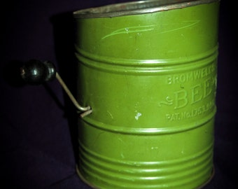 Bromwell's Bee 1930s Flour Sifter