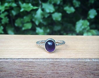 Silver Amethyst Ring / Sterling Silver Ring / Stack Ring / Twist Band Ring / Crystal Ring / Gemstone Ring / Stacking Ring / Stackable Vegan