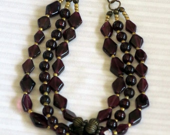 Garnet and gold beaded bracelet