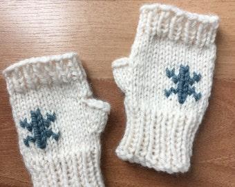 Snowflake - Fingerless Kid Mitts