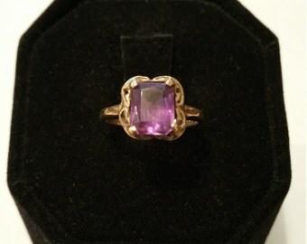 Lovely 10Kt Gold Amethyst Ring - #140